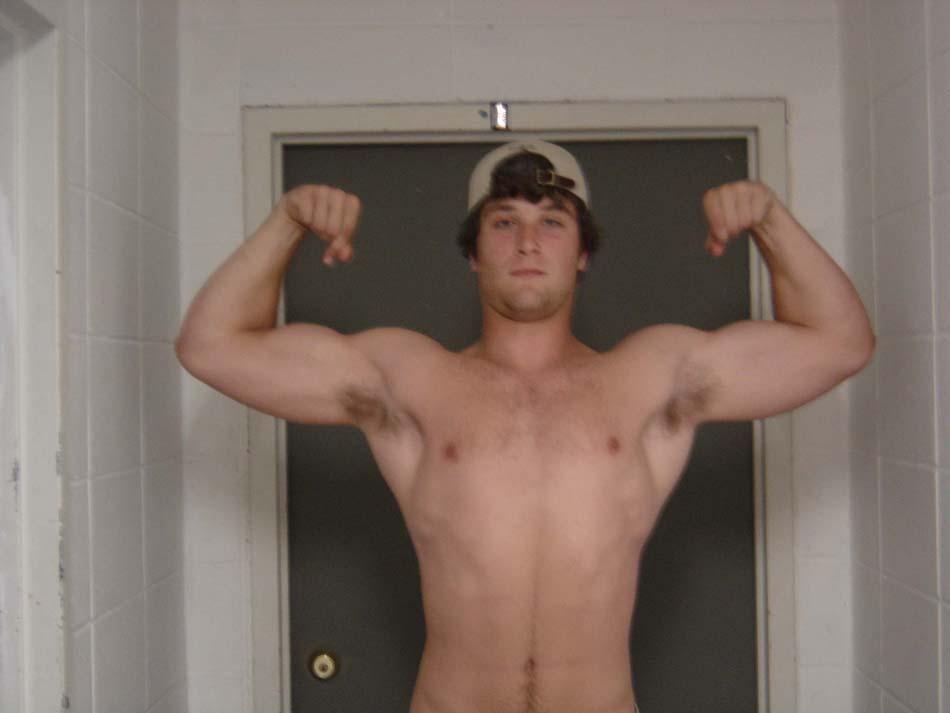 6 foot 5 , 215-220 pounds Cutting Critique Needed Plz - Bodybuilding
