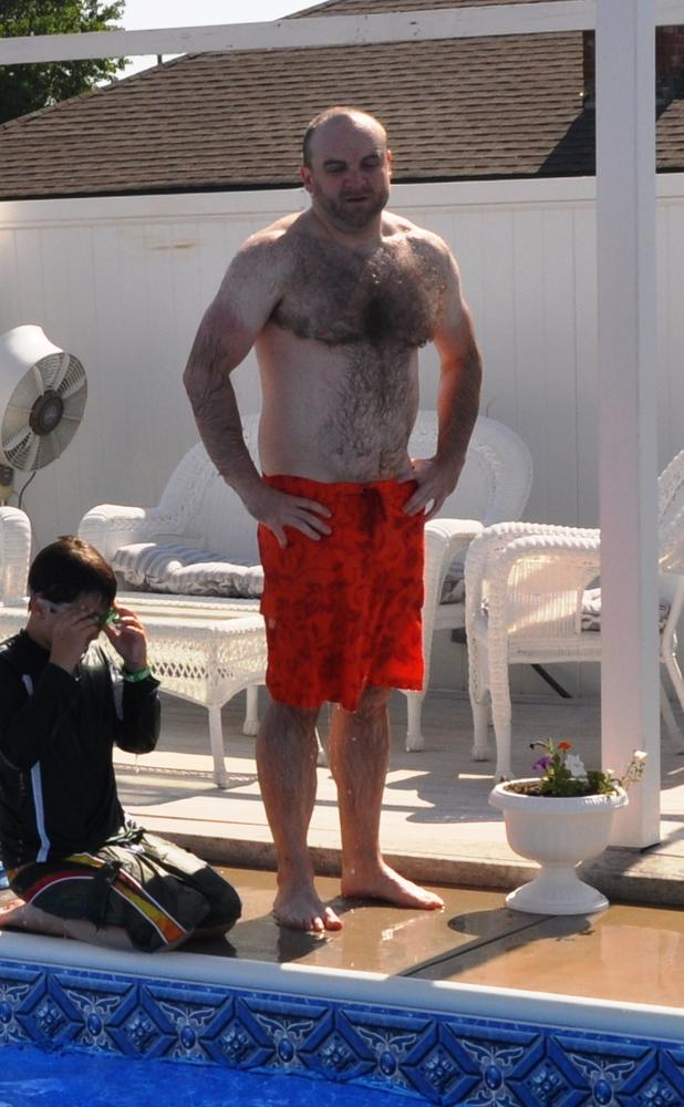 who is this fat hairy old guy 2? - bodybuilding forums