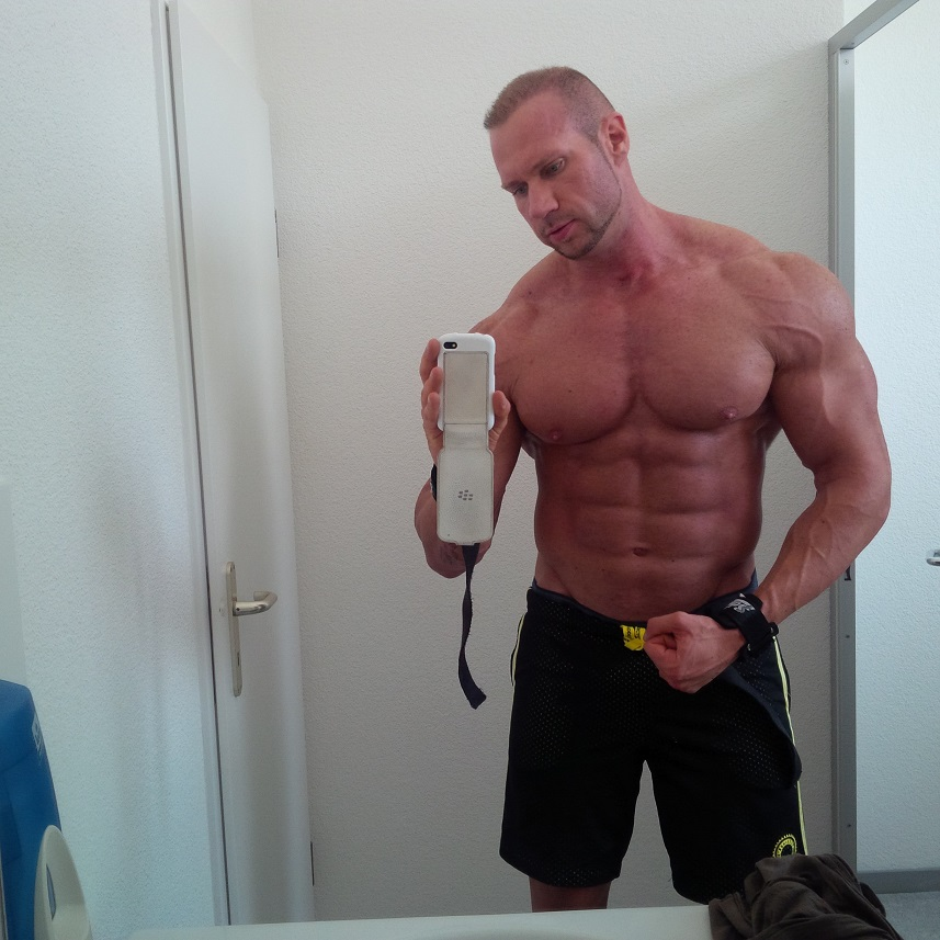 29 years old, Natural, over 8 years of training - Bodybuilding.com ...